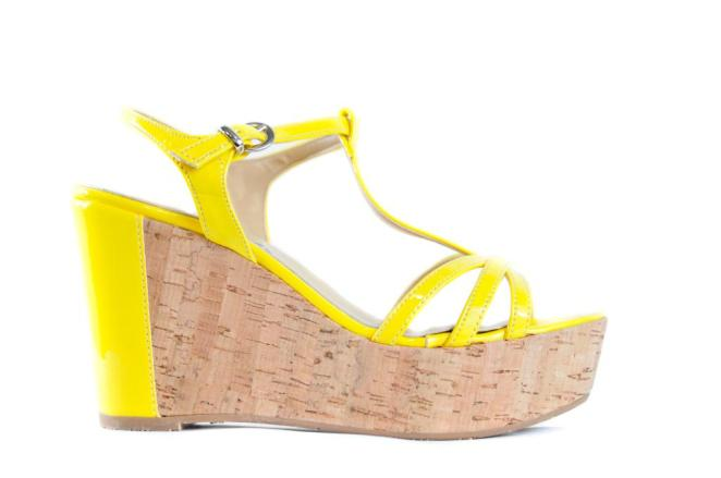 yellow cork wedge side